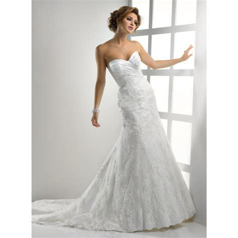 Ten Best Lace Wedding Dress Designers ? BestBride101