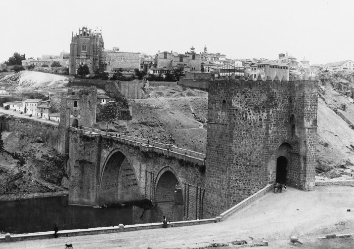 Puente de San Martín a comienzos del siglo XX o finales del XIX. Courtauld Institute of Art