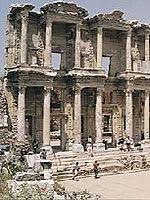 Κατέστρεψε η Εκκλησία τον Αρχαιοελληνικό Πολιτισμό;
