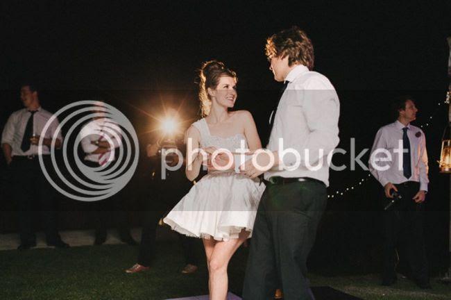 http://i892.photobucket.com/albums/ac125/lovemademedoit/welovepictures%20blog/BushWedding_Malelane_065.jpg?t=1355997280