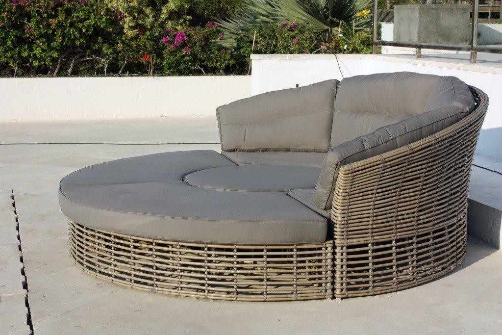Garden round artisanal weather resistant cushions rattan ...