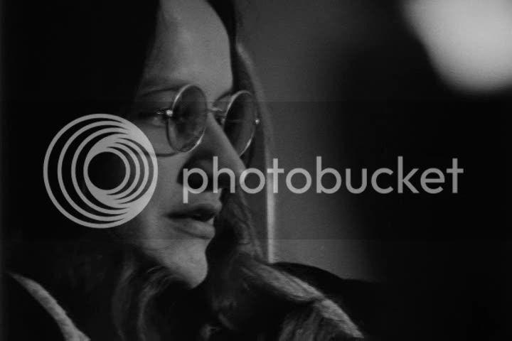 http://i683.photobucket.com/albums/vv199/cinemabecomesher/2010/07/lacadie/016026853.jpg?t=1280702927
