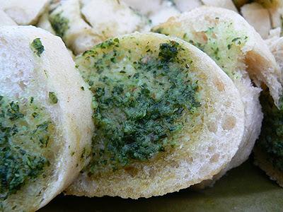 détail pain au beurre d'escargot.jpg