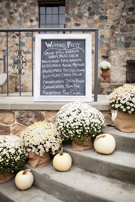 Best 25  Fall wedding mums ideas on Pinterest   Autumn