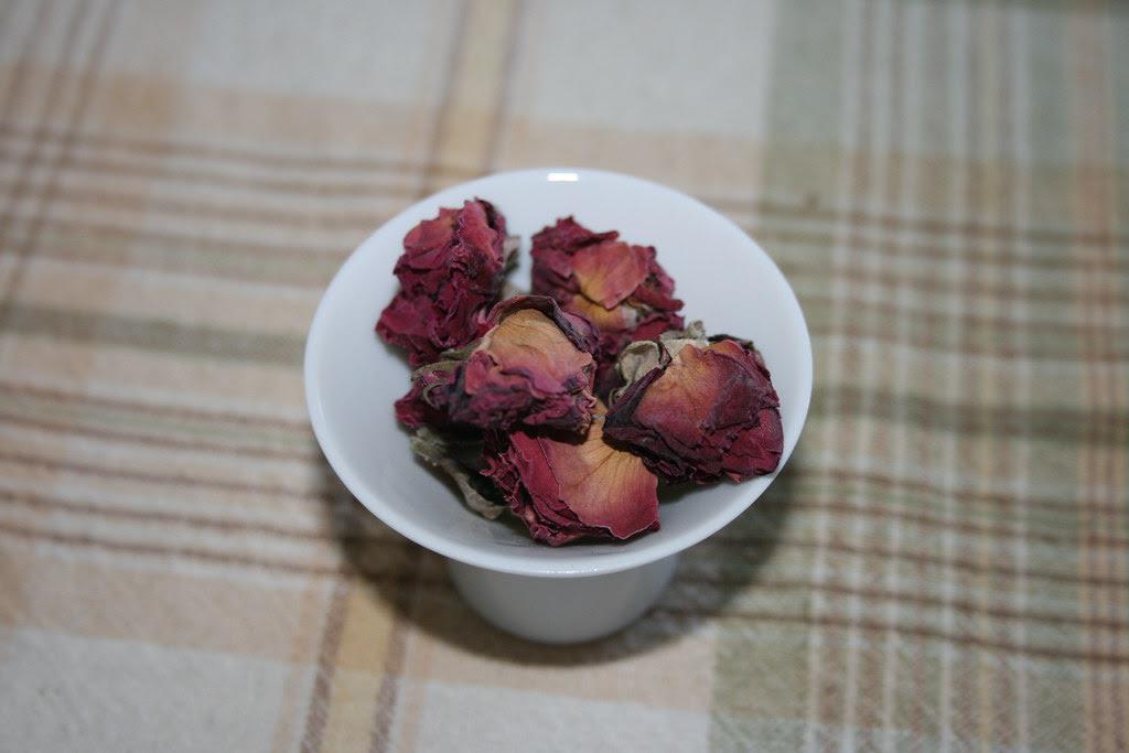 Fresh dried rose buds