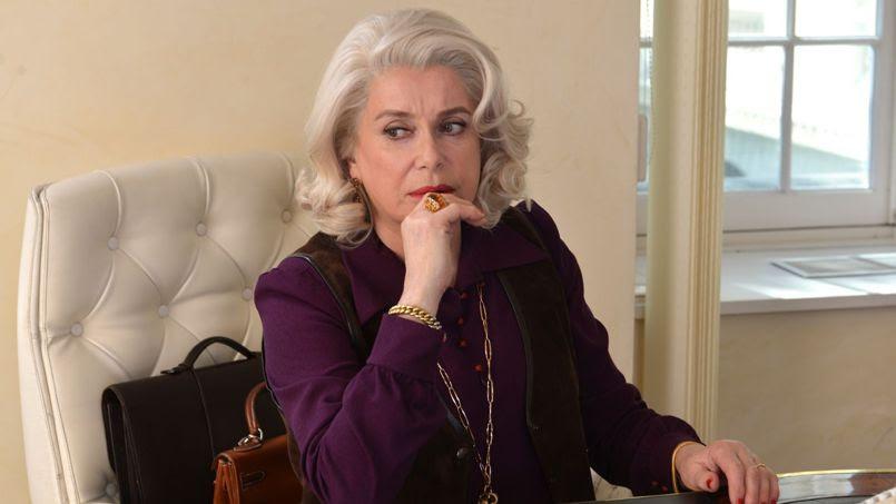 Catherine Deneuve dans <i>L'Homme qu'on aimait trop</i>.