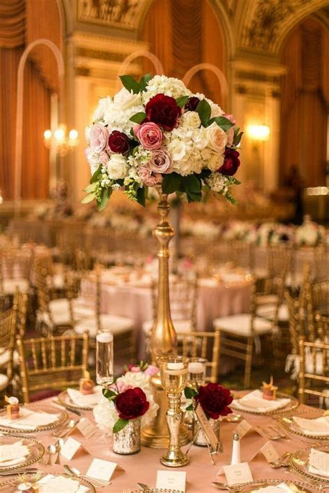 Tall Wedding Centerpiece ? Affordable Wedding Centerpieces