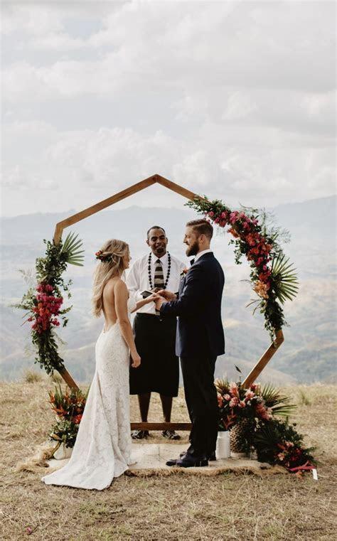 Heptagon arch, hexagon arch, geometric wedding inspiration