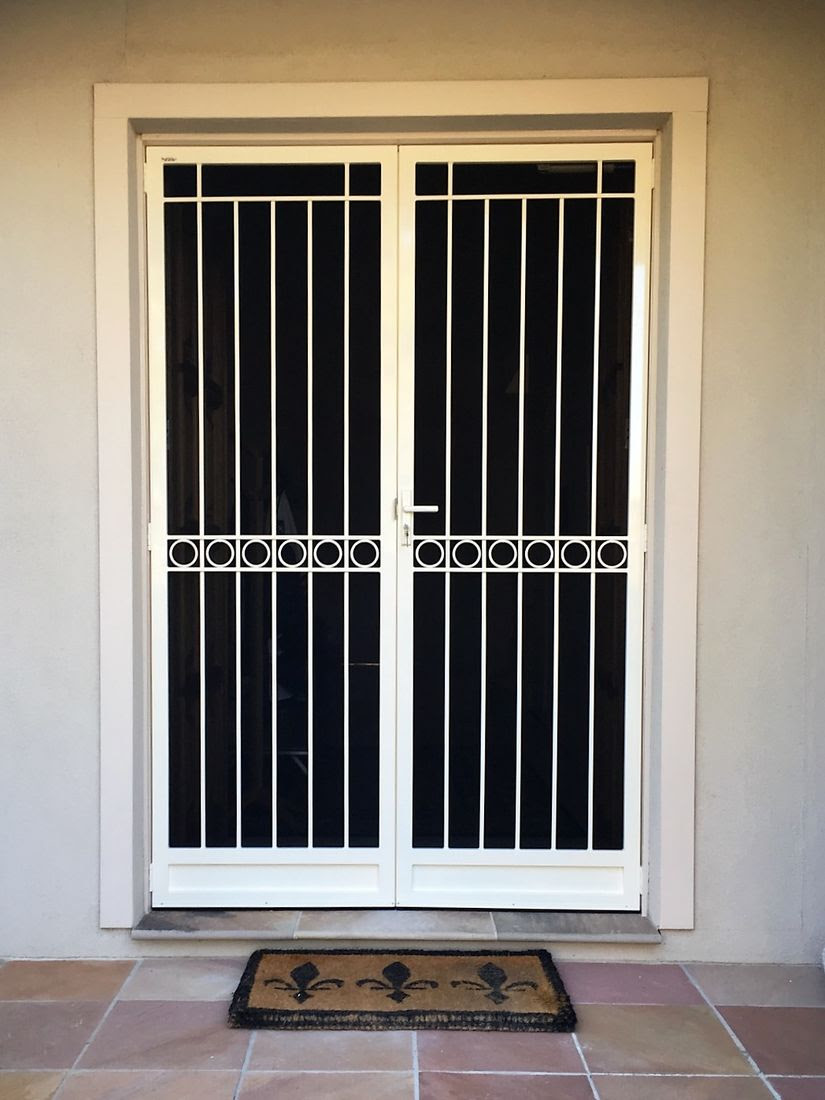 steel grill design for door  | 489 x 695