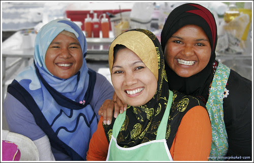 Smiling ladies at the Phuket Halal Expo