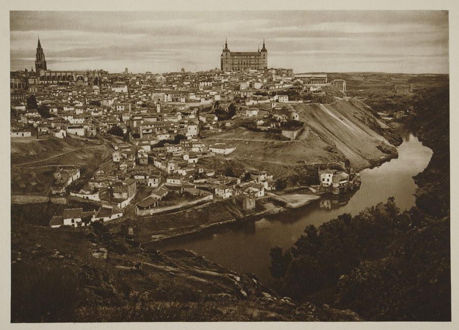 Vista general de Toledo hacia 1915. Fotografía de Kurt Hielscher.