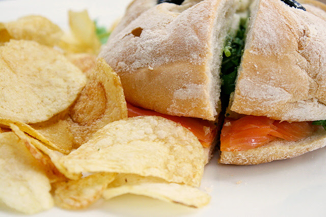 Salmone Focaccia (S$10.80): smoked salmon, basil pesto, lemon dressing & shallots on focaccia bread