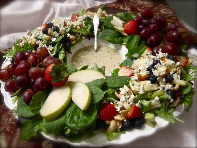dinner fruit for salad thanksgiving Winter  Salad  Comfy Wreath Berry Poppyseed w/ Dressing the in Lemon