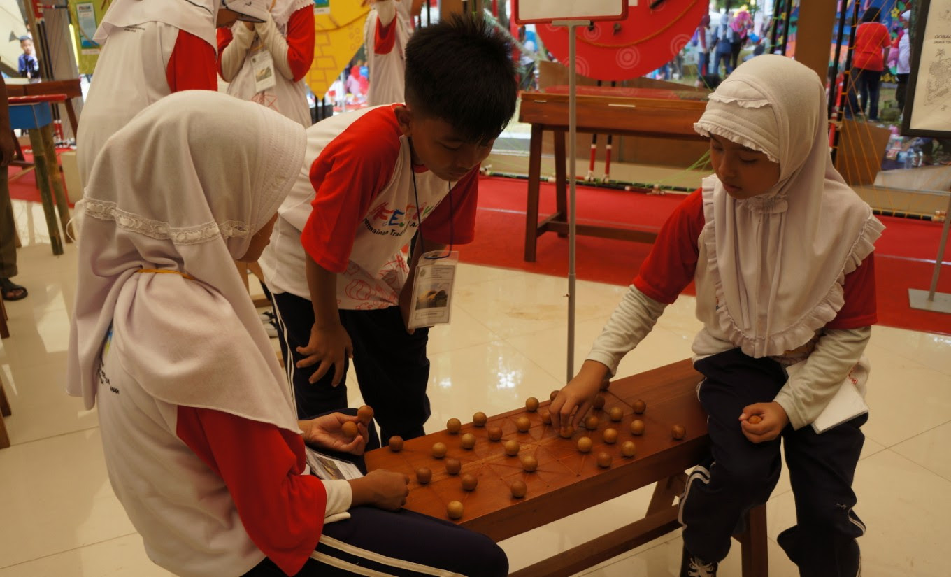 Preserving Indonesian culture through traditional toys  Parents  The Jakarta Post