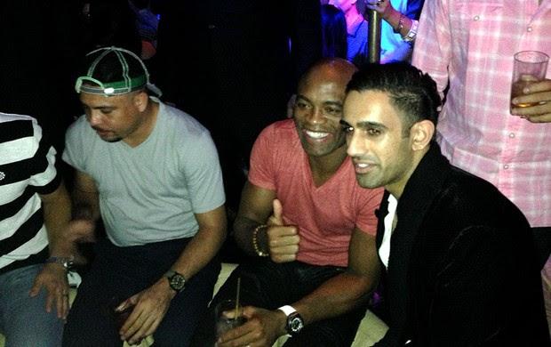 UFC Anderson silva e ronaldo festa (Foto: Evelyn Rodrigues)