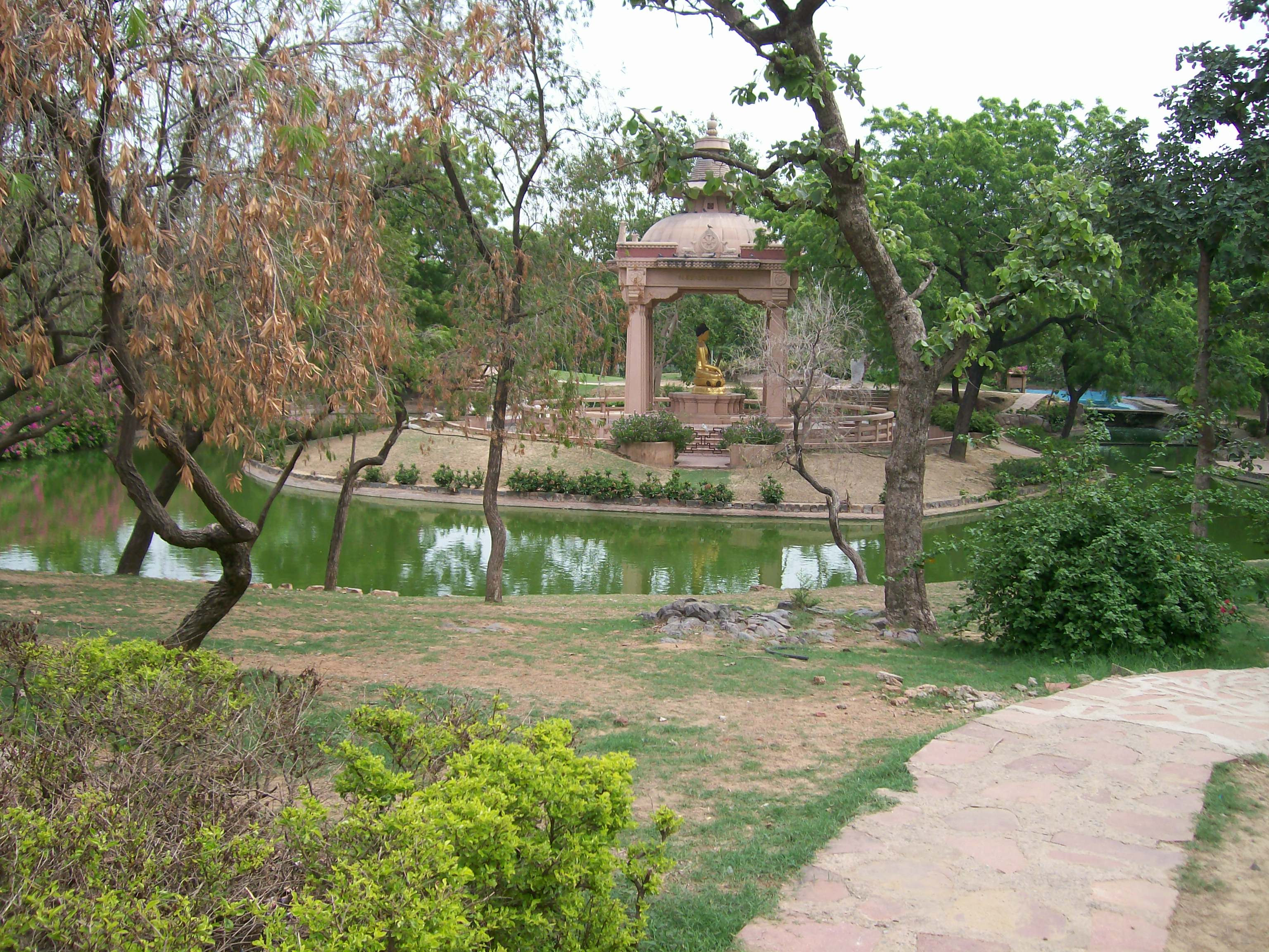 A Walk In Buddha Jayanti Park Bija Andrew S Zen Blog