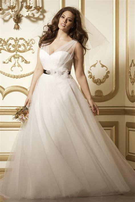 Best 25  Curvy wedding dresses ideas on Pinterest   Plus