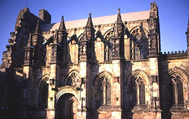 File:Rosslyn Chapel.jpg