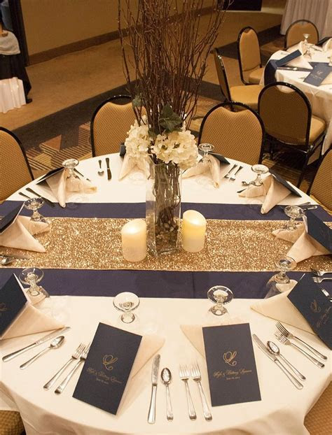trade burlap runner for that gold glitter thing   table