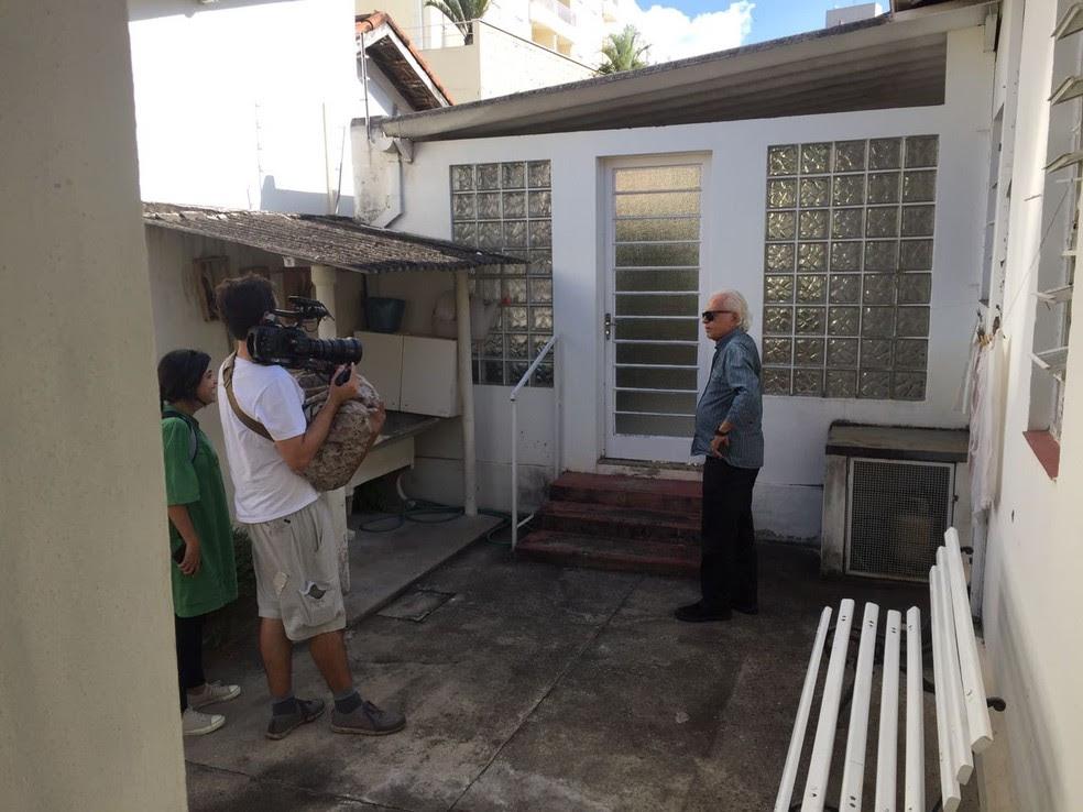 Cid Moreira veio ao Vale do Paraíba registrar imagens para seu documentário e relembrar a infância (Foto: Arquivo Pessoal/Mayra Salles)