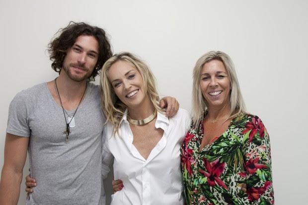 Martin Mica, Sharon Stone e Sandra Mica em Santa Catarina (Foto: Gilson de Rezende/ Divulgação)