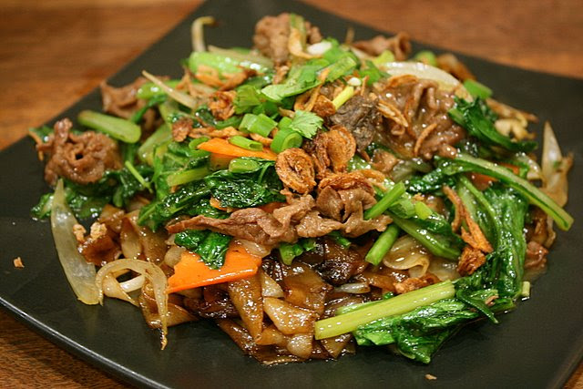 Fried beef kway teow