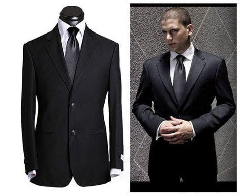 Goalpostlk.: wedding dress for men