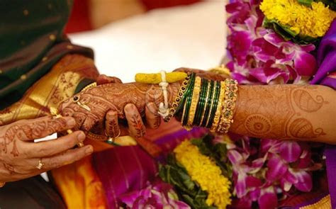 maharashtrian wedding bangles