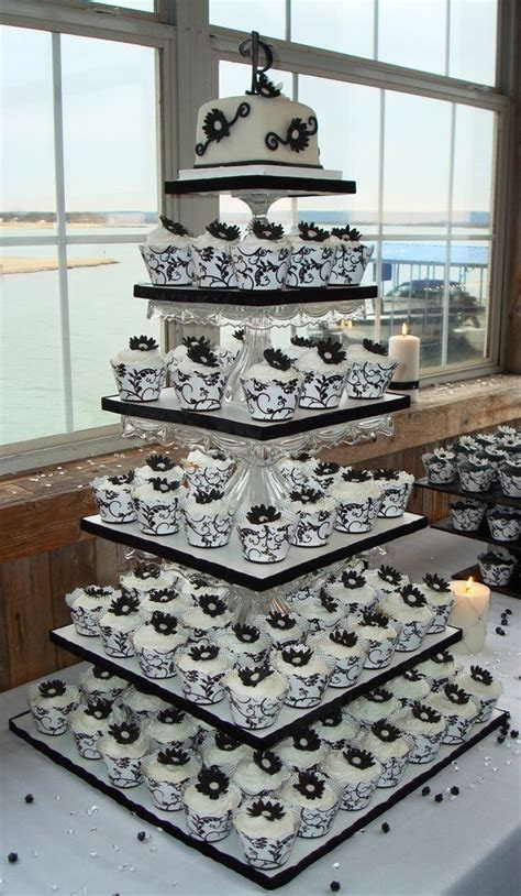 23 Mouthwatering Cupcake Wedding Cakes That Will Rock Your