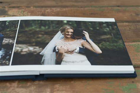 FINE ART WEDDING ALBUMS WITH PROFESSIONAL QUALITY