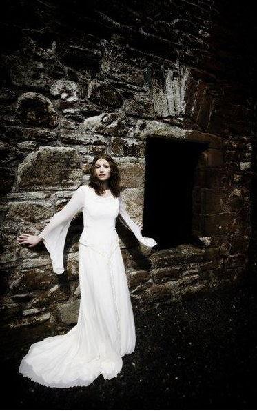 Matrimonio Tema Fantasy : Vestiti da sposa celtici e fantasy