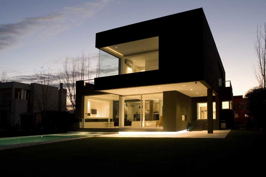 The Black House By Andr S Remy Arquitectos Housevariety