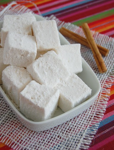 Cinnamon marshmallows / Marshmallows de canela