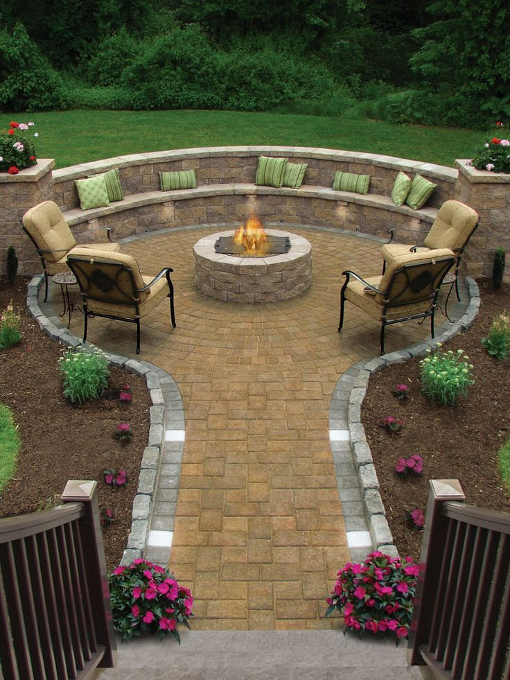Fire Pit patio off the deck