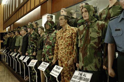 negara kenakan seragam militer buatan indonesia oleh