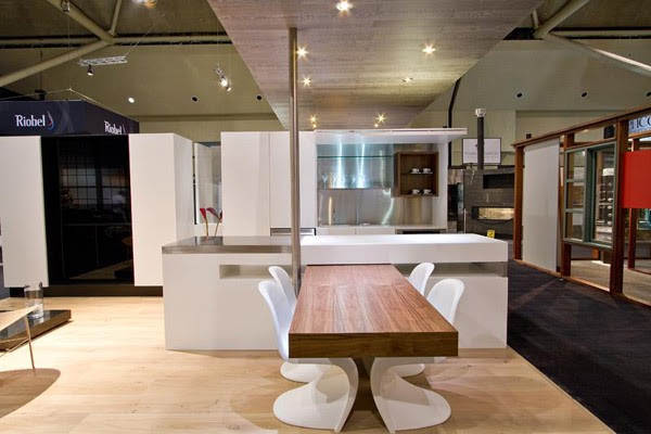 SWISS ARMY KNIFE KITCHEN: a pivoting table – the bee's knees