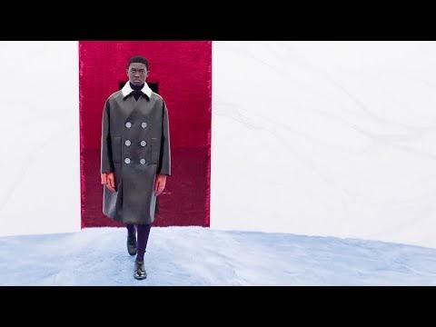 Prada Outono Inverno 2021/2022 - Semana de Moda de Milão