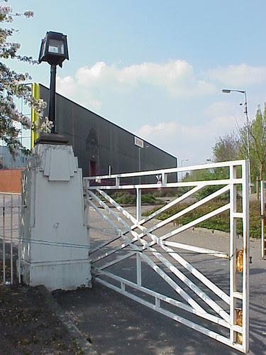 Firestone Gate, Brentford