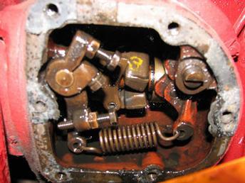 1950 Farmall M - governor - TractorShed.com