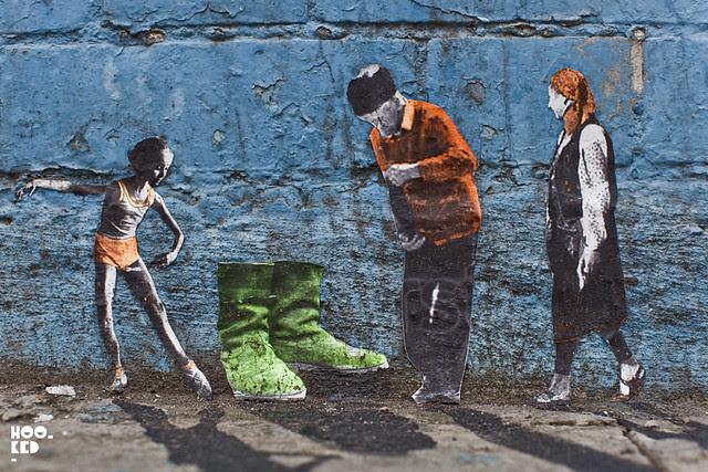 Miniature Street Art in London, by Mexican street artist Pablo Delgado. Photo © Mark Rigney / Hookedblog