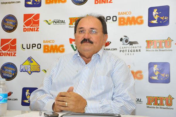 José Vanildo espera mais progressos na temporada de 2013