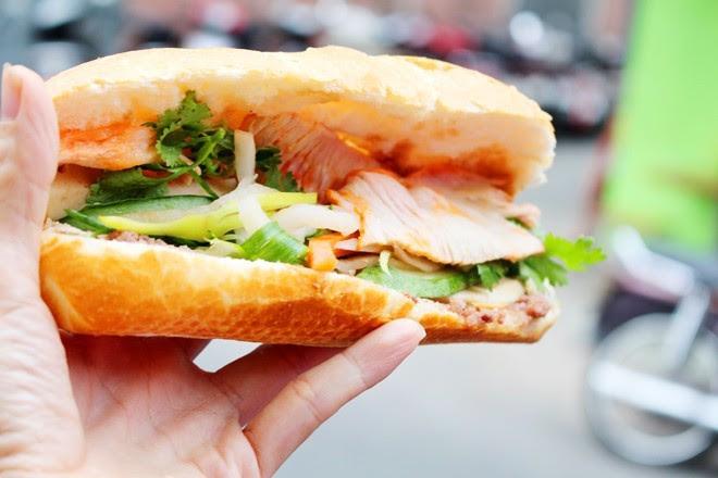 9 xe bánh mì trứ danh của Sài Gòn 1