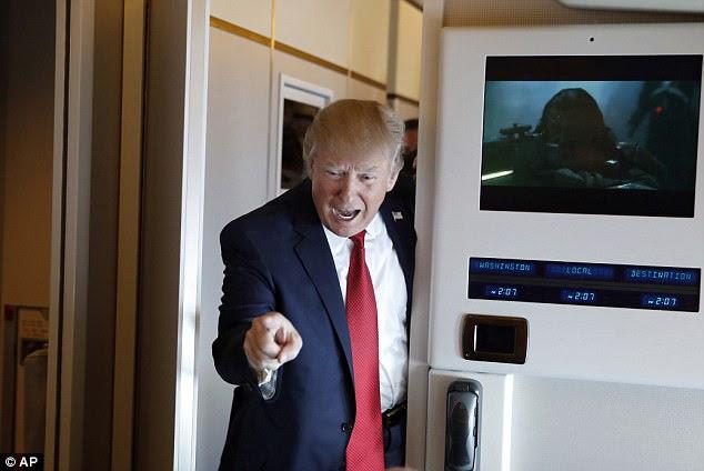"""Trump é """"moralmente sério"""" sobre a possibilidade de ataques militares, disse um funcionário do governo DailyMail.com"""