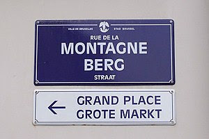 Bilingual signs in Brussels.