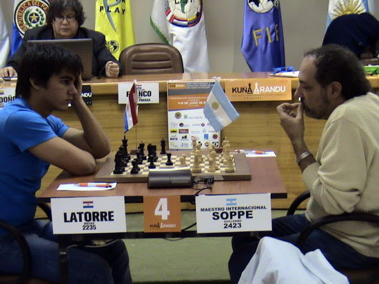 Matías Latorre vs. Guillermo Soppe