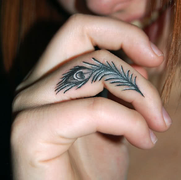 228 Selected Peacock Feather Tattoos For Girls Parryzcom