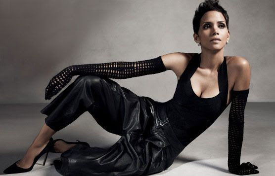 InStyle - November 2012, Halle Berry