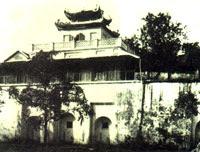 Thành Thăng Long thời Pháp thuộc. Photo courtesy of Wikipedia