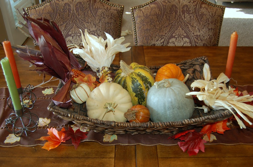 Center table decoration ideas porentreospingosdechuva Thanksgiving table decorations homemade