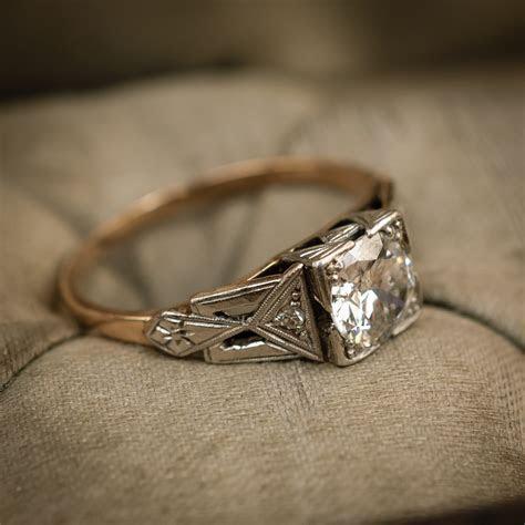 Stunning!! Vintage Geometric Art Deco Diamond Engagement